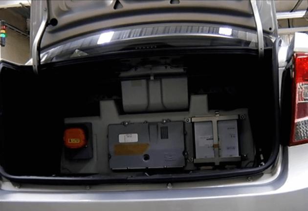 Тяговые аккумуляторы первого вазовского гибрида. Автомобили Лада Калина 2. Новости, описание, видео.